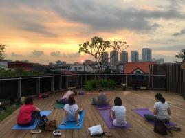 rooftop yoga singapore_13 Sep