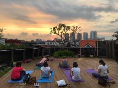 rooftop yoga singapore_13 Sep