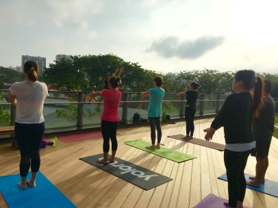 rooftop-yoga-singapore_19-feb_2