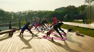 rooftop yoga singapore_19 Mar_11